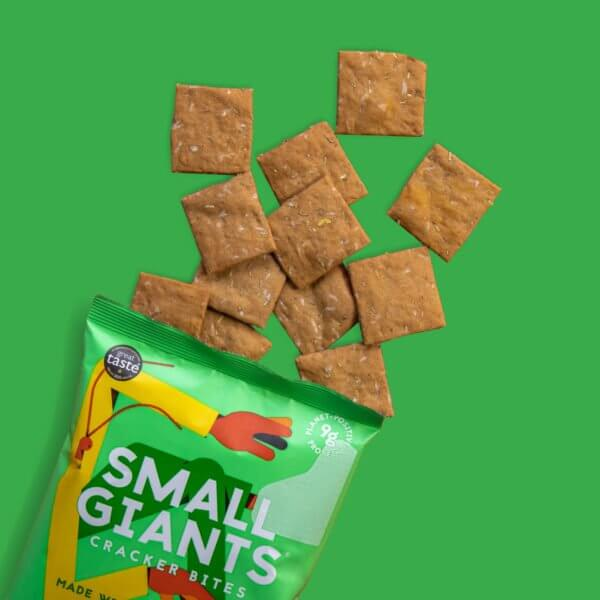 Small Giants Cricket Cracker Bites Rosemary & Thyme packs contains 20 cracker bites that are similar to crisps or chips