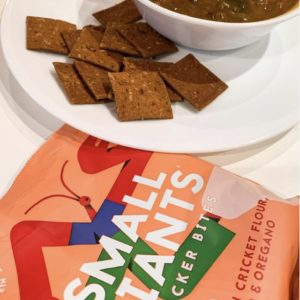 This pack contained 9 grams of protein. @eatsmallgiants cricket crackers also contain vitamin b12 and fibre!!